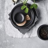 distelroos-nicolas-vahe-NVZCE02-nista-black-Cake-plate