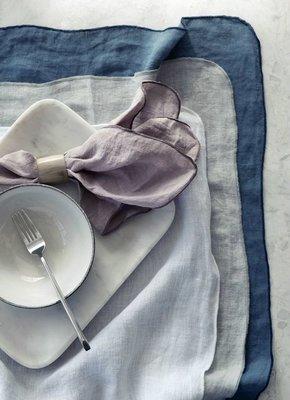 Broste Copenhagen - Big plate 'Nordic Sand' Stoneware