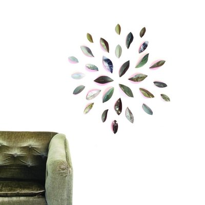 Pepe Heykoop - Wallpaper Leaves - Pink