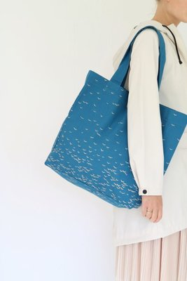Jurianne Matter - Sky bag large